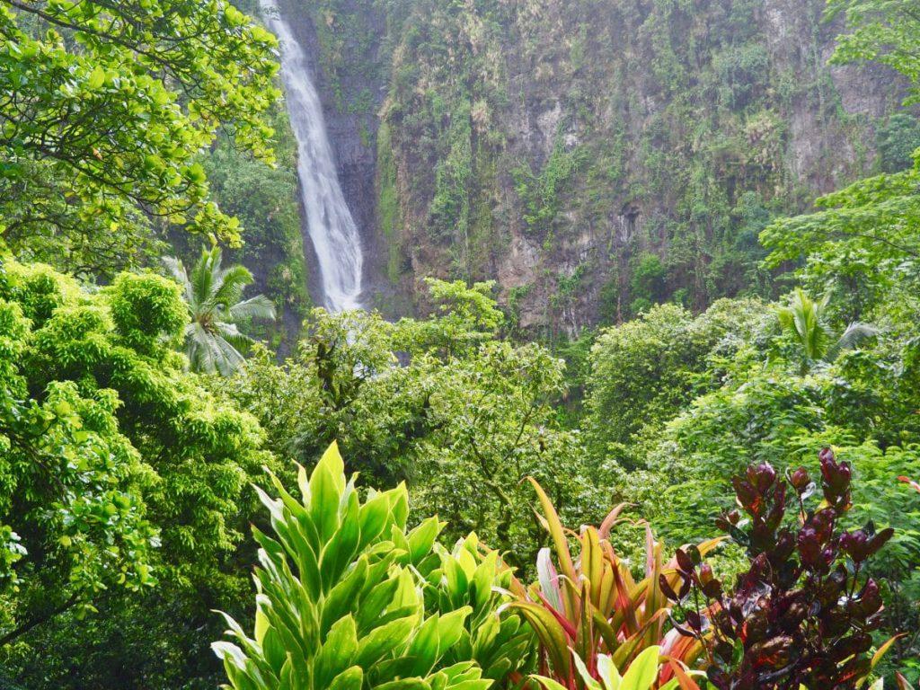 cascade-tahiti