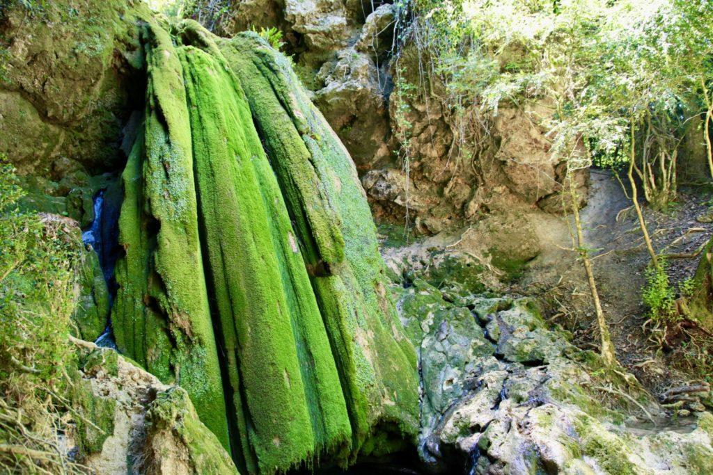Les cascades de Roquefort.